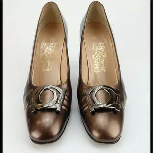 SALVATORE FERRAGAMO Womens Shoes Bronze Logo Heels